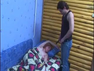 Порно видео онлайн бесплатно о том как сын трахает мать