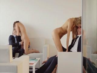 Порно видео молодых девушек, которые любят трахаться в анал и пизду